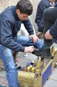 Lustragiu. Istanbul, martie 2013. Foto: ©SLOWAHOLIC
