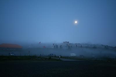 5:00 雲に覆われるオブジェたち