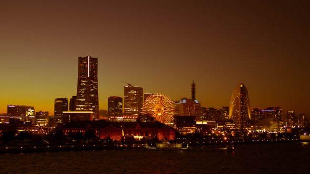 横浜大桟橋からの夕景
