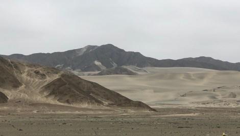 peruvian coast landscape.JPG
