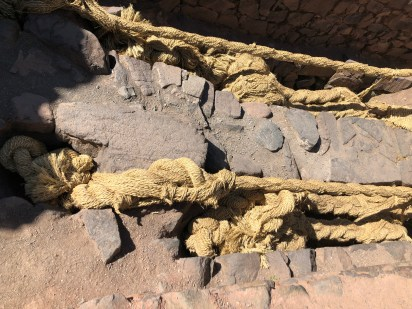 inca bridge rope supports