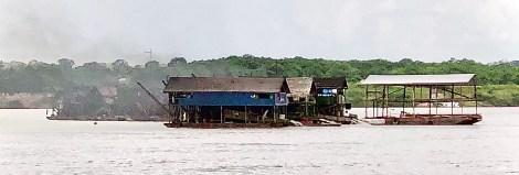 river scenes dredge mining.JPG