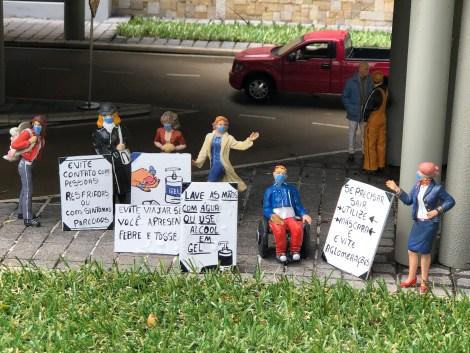 mini mundo protest