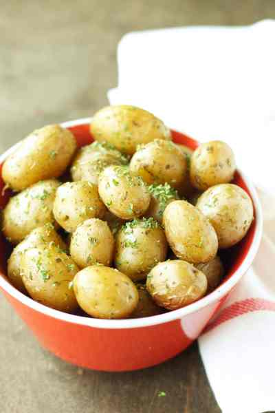 Slow Cooker Herbed Baby Potatoes