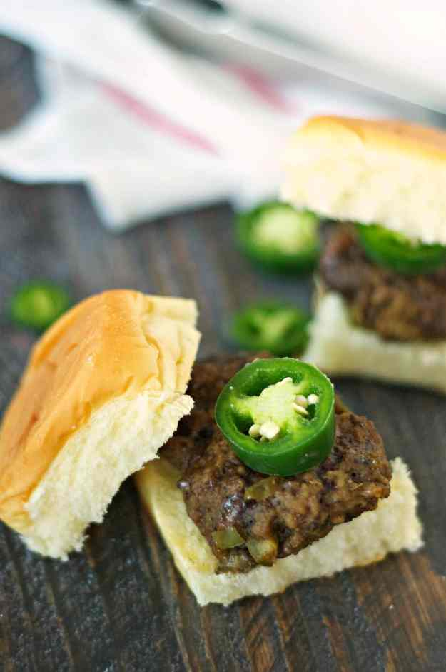 Slow Cooker Jalapeno and Cheddar Sliders (1)