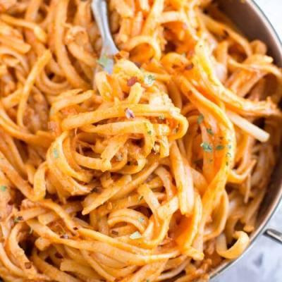 Slow Cooker Firecracker Chicken Pasta