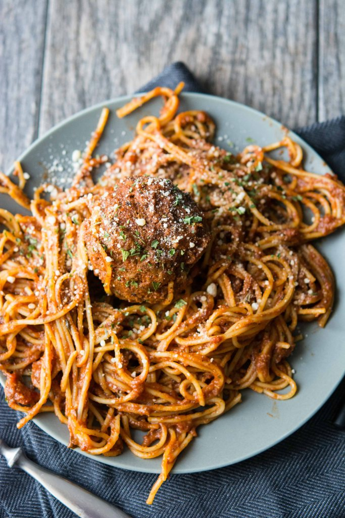 Slow Cooker Spaghetti and Meatballs-2