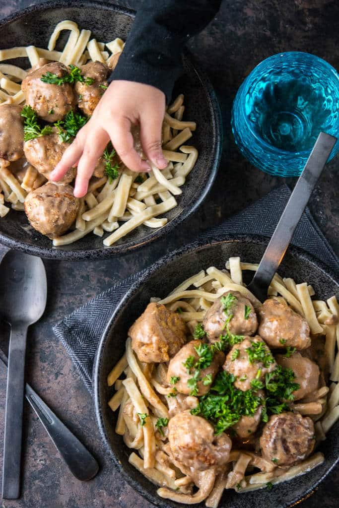 Slow Cooker Swedish Meatballs
