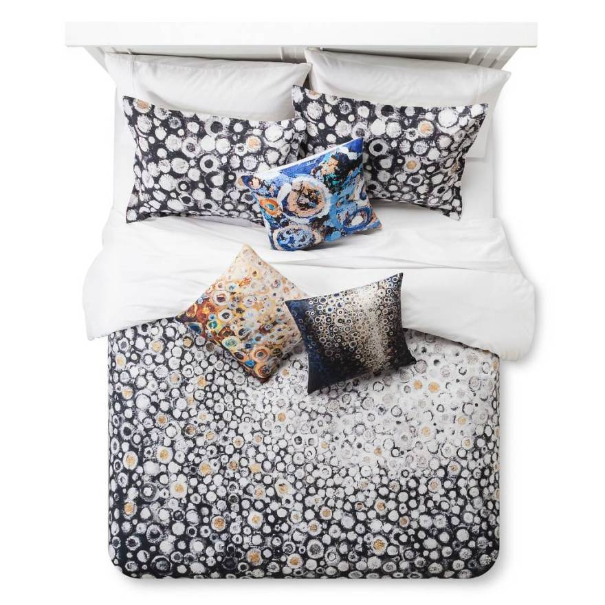 Stoltzfus_duvet_and_pillows