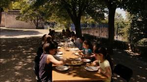 未来の食卓02