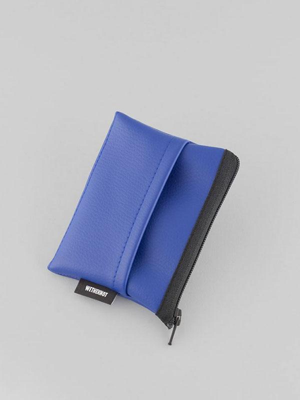 wetheknot-nachhaltig-vegan-leder-cardholder-portmonee-geldboerse-blau-2-slowli