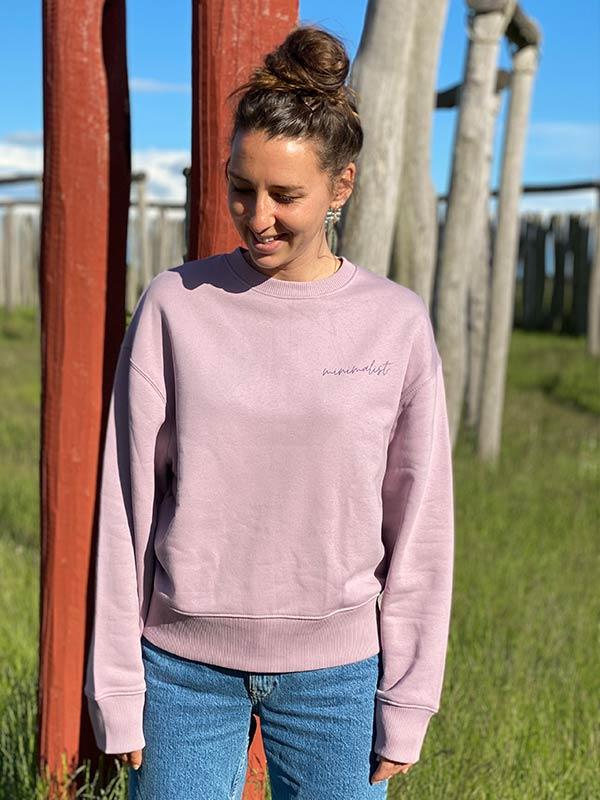 nachhaltiger-Pullover-minimalist-lila-fair-fashion-slowli_17
