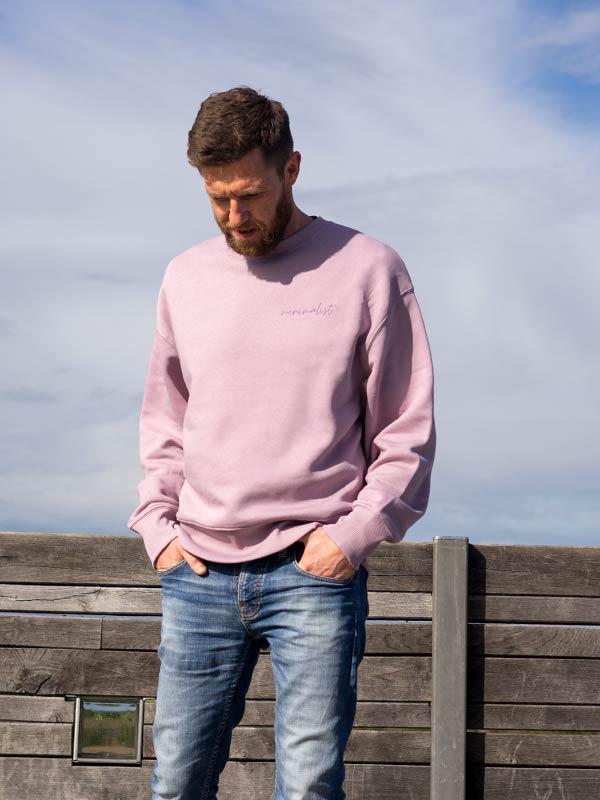 nachhaltiger-Pullover-minimalist-lila-fair-fashion-slowli_8