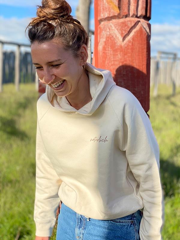 nachhaltiger-pullover-hoodie-mfair-fashion-natuerlich-beige-1-slowli