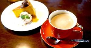 珈楽粋 かぼちゃケーキとカフェラテ