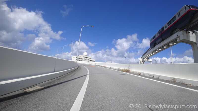 那覇空港 沖縄サイクリング
