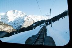 Train_Murren_alps_switzerland_3