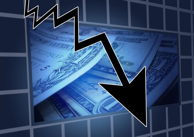 하락 추락 경기하락 투자위험 경제