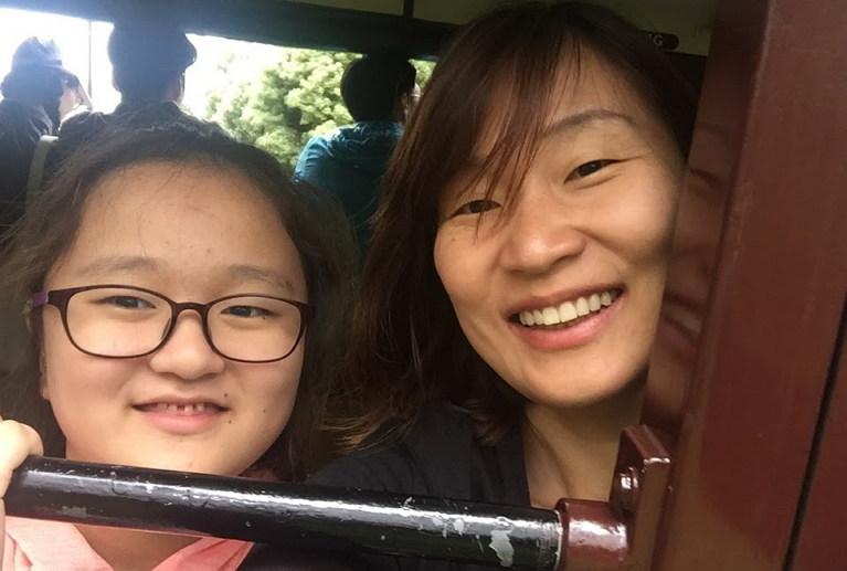 지민이(가명)과 지민이 엄마 홍윤희