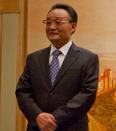 원자바오의 정치개혁 요구를 일축한 우방궈