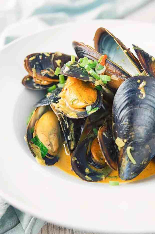 Indian mussels in a white bowl