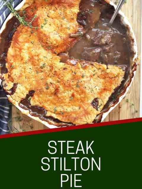 Pinterest graphic. Steak and stilton pie with text.