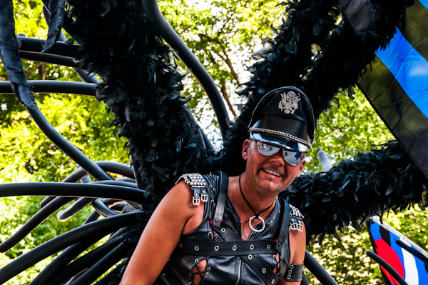 Pride_parade_in_Stockholm12