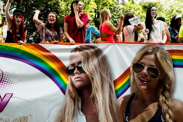 Pride_parade_in_Stockholm15