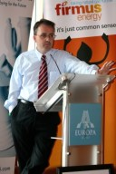 DUP strategist Lee Reynolds answering questions at Slugger Big Election breakfast - photo by Mr Ulster