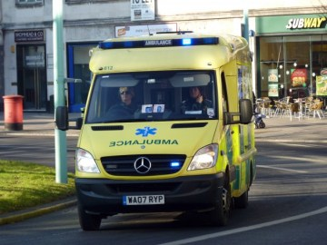 South Western Ambulance WA07RYP 612
