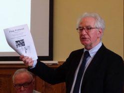 Paul Nolan waving Portadown flag protocol