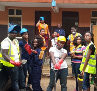 Slum2School Volunteers in their working gear.
