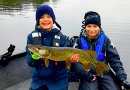 Børn og unge på fisketur