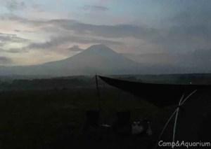ふもとっぱら 早朝の富士山