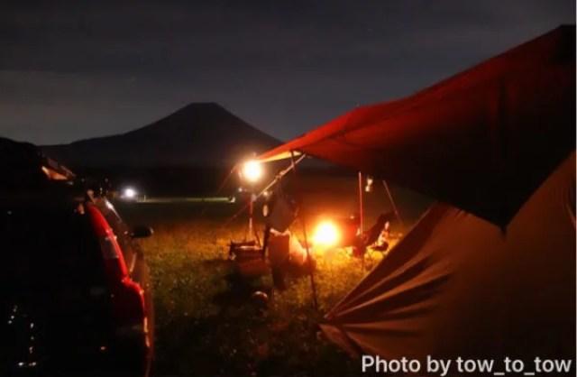 ふもとっぱら 夜 富士山 焚き火 サーカスTC