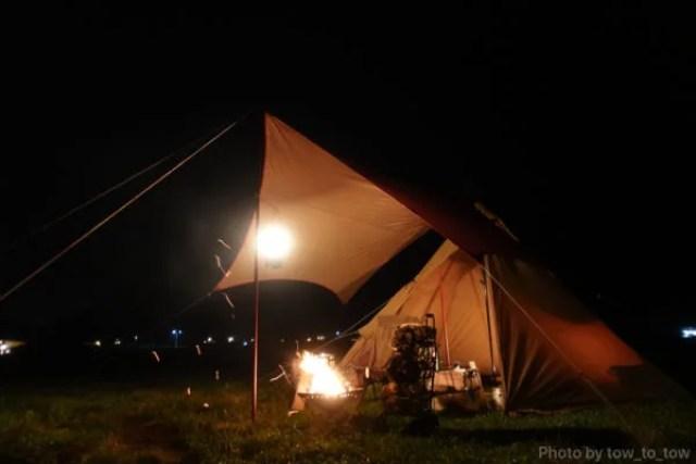 ふもとっぱら ソロキャンプ  サーカスTC 焚き火