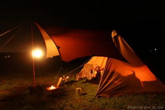 ふもとっぱら ソロキャンプ  サーカスTC 夜