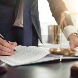 Why You Should Hire A Franchise Attorney Smallbizclub