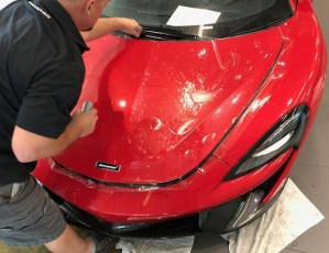 autosports-accessories-paint-protection-clearbra-hood-1000×768