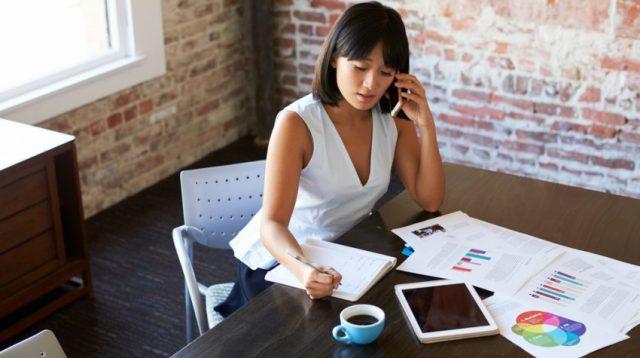 10 Простых Способов, Малые Предприятия Могут Отслеживать Конкурентов