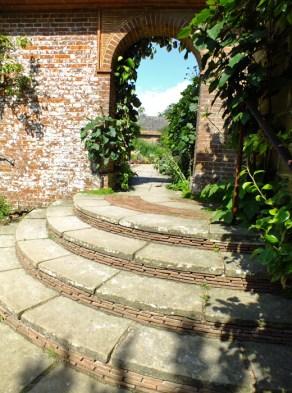 Lutyens steps