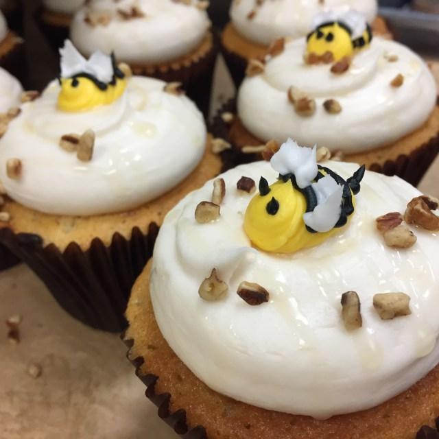 The Bee's Knees Cupcakes