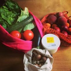 légumes sans sacs plastique (c) Ea MARZARTE- Small + Beautiful
