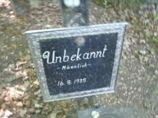 Nameless grave