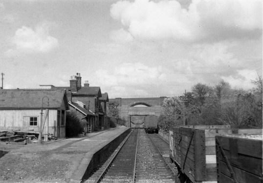 1st Herts Railtour 11 St Albans LRb ©