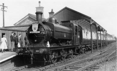 1st Herts Railtour 25 Abbey Stn a ©