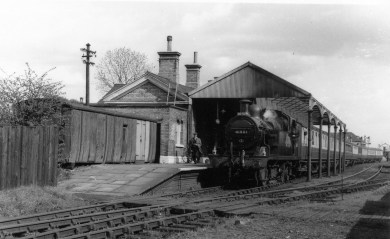 2nd Herts Railtour Apr 1955 1 Abbey Stn a No 41901