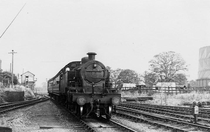 Abbey Stn 13 LMS No 43 1945 ©