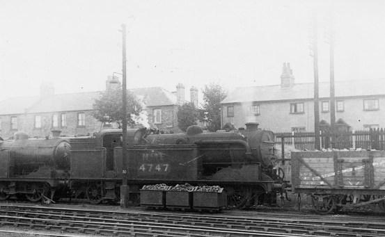 Branch Locos 11 N2 No 4747 Hatfield 1945 ©