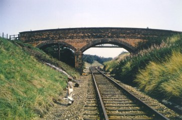 Hatfield Ground Lane overbridge towards Hatfld 1968